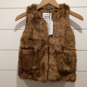 NWT Zara faux Fur Vest